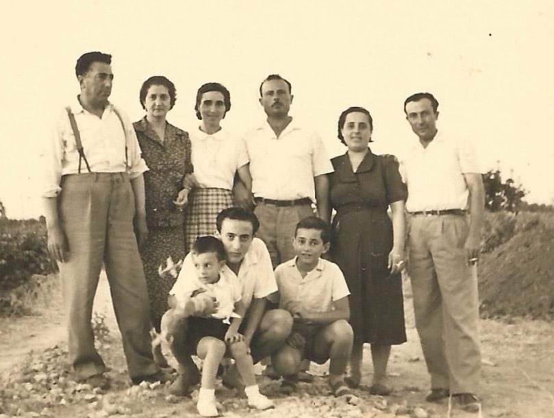 La Famiglia Di Pietra negli anni '50